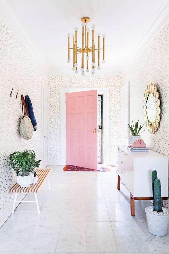 Met déze items maak je jouw interieur vrouwelijk en super gezellig!