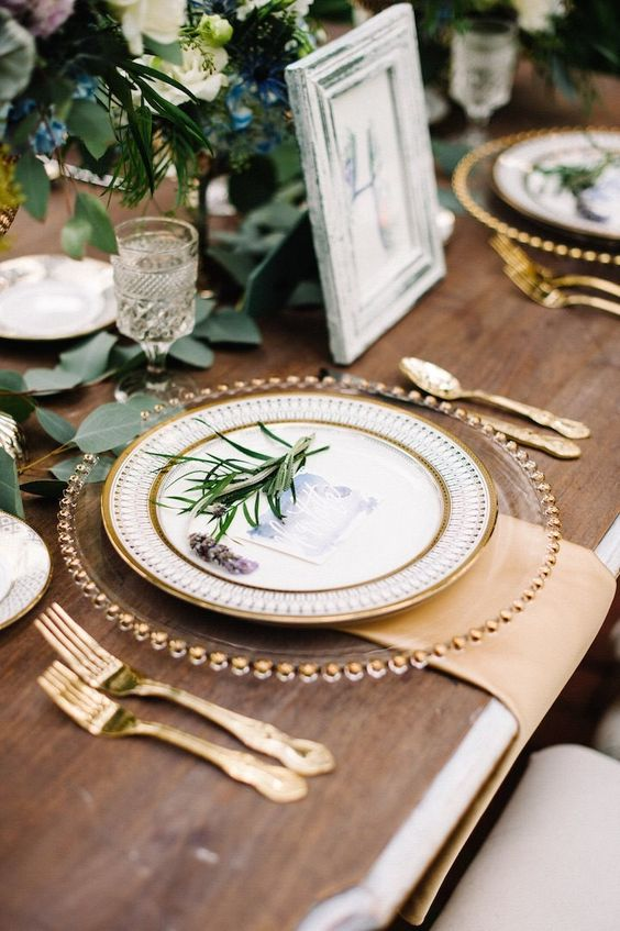 Zó organiseer je een goud Sinterklaas diner