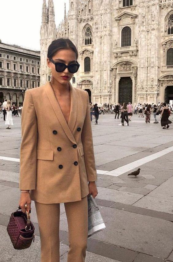 Deze stijlvolle look is perfect voor naar je werk!