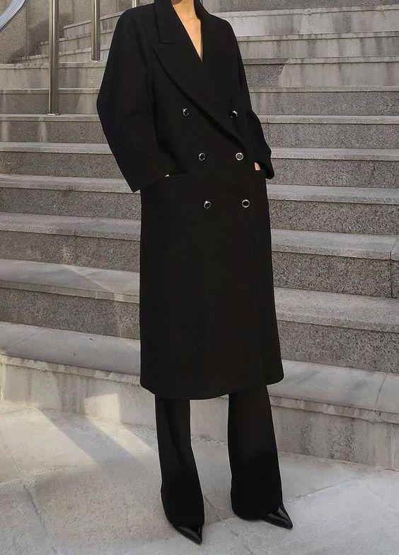 De mooiste lange zwarte jassen voor een stijlvolle look!