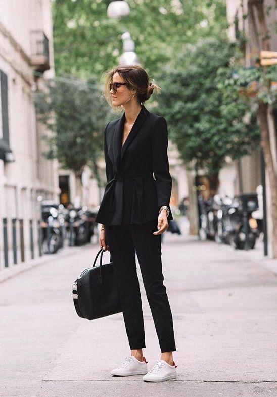 Met déze outfit kom je altijd stijlvol op je werk!