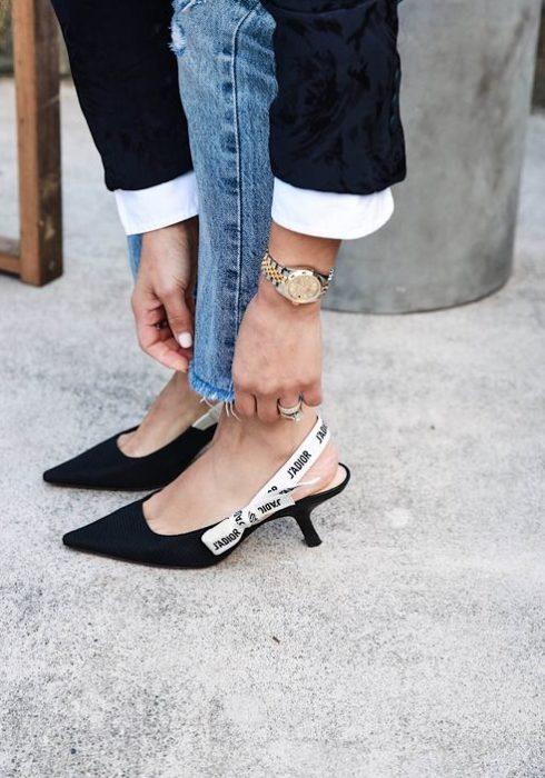 Déze 6 schoenen zou iedere vrouw moeten hebben!