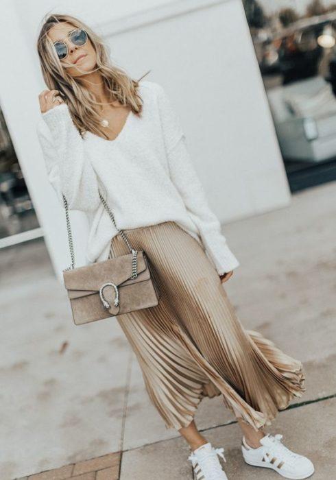 3 soorten midi skirts die iedere vrouw zou moeten hebben!