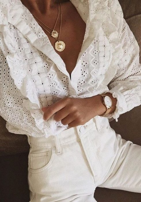 15 X De mooiste witte embroidered blouses