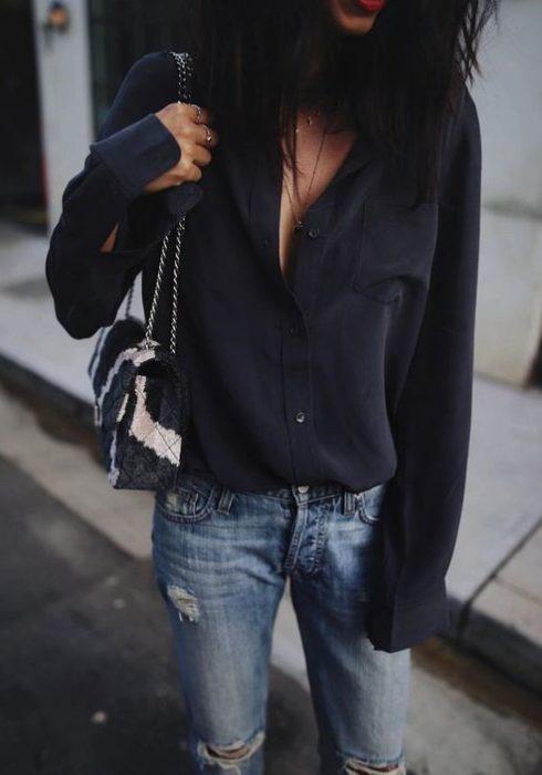 De mooiste zwarte blouses voor een stijlvolle look!