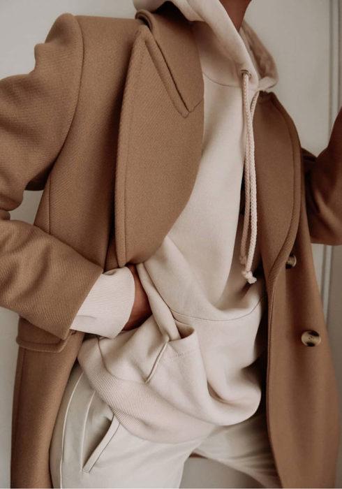 Zó style je je sportkleding zodat je het ook kan dragen in een dagelijkse look!