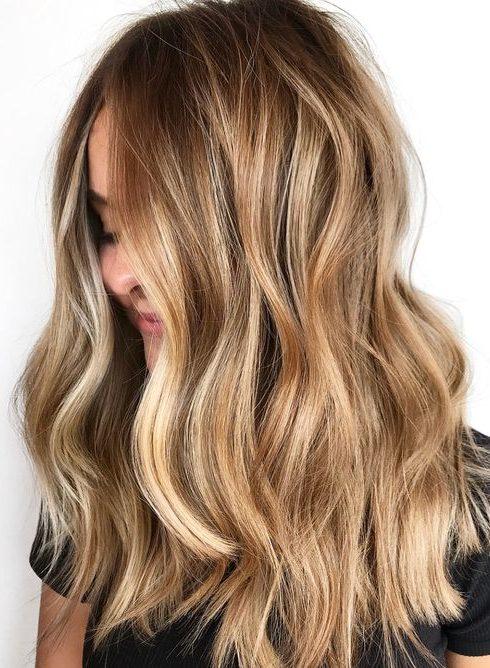 Déze haarkleur is populair dit najaar!