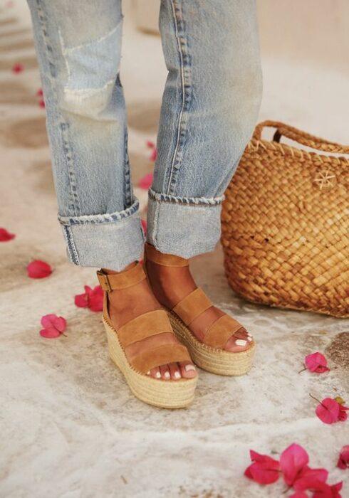 Déze schoen moet iedere vrouw in haar kast hebben deze zomer!