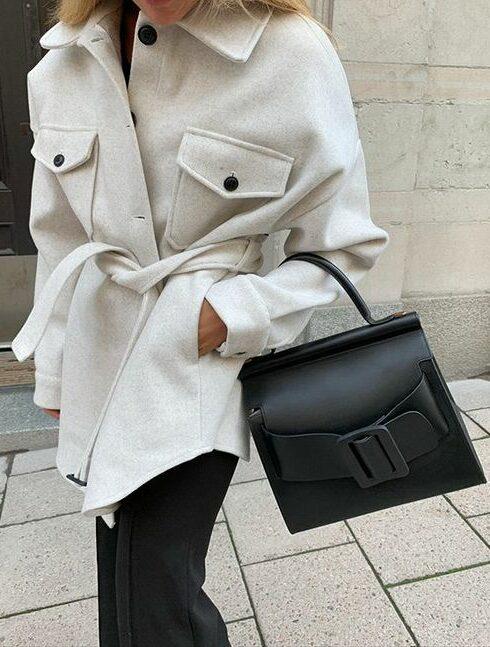 Dit jasje is momenteel een enorm grote trend!