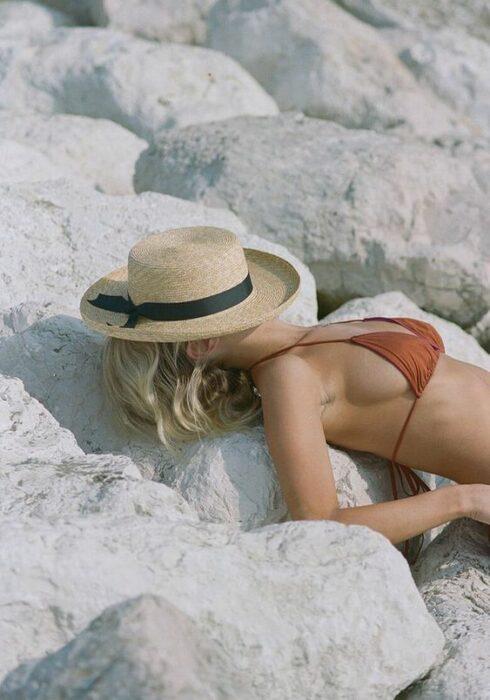 Zo loop je er trendy en comfortabel bij op het strand