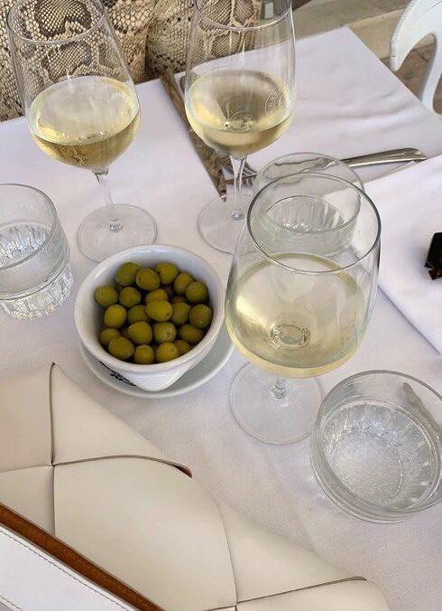 5x de lekkerste wijnen voor op een lenteavond