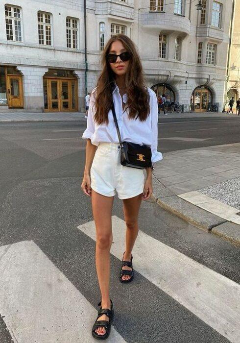 De schoen die iedere vrouw moet hebben deze zomer!